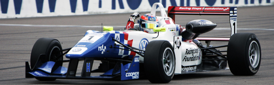 Jack Harvey wins the British F3 title at Rockingham